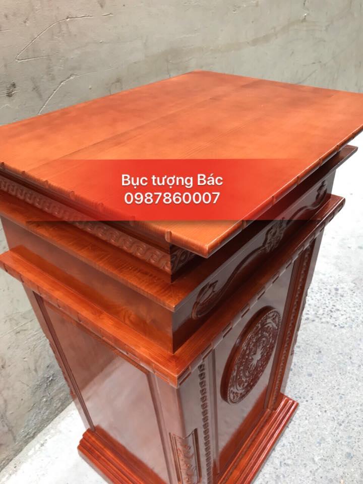 buc-tuong-bac-go-tu-nhien