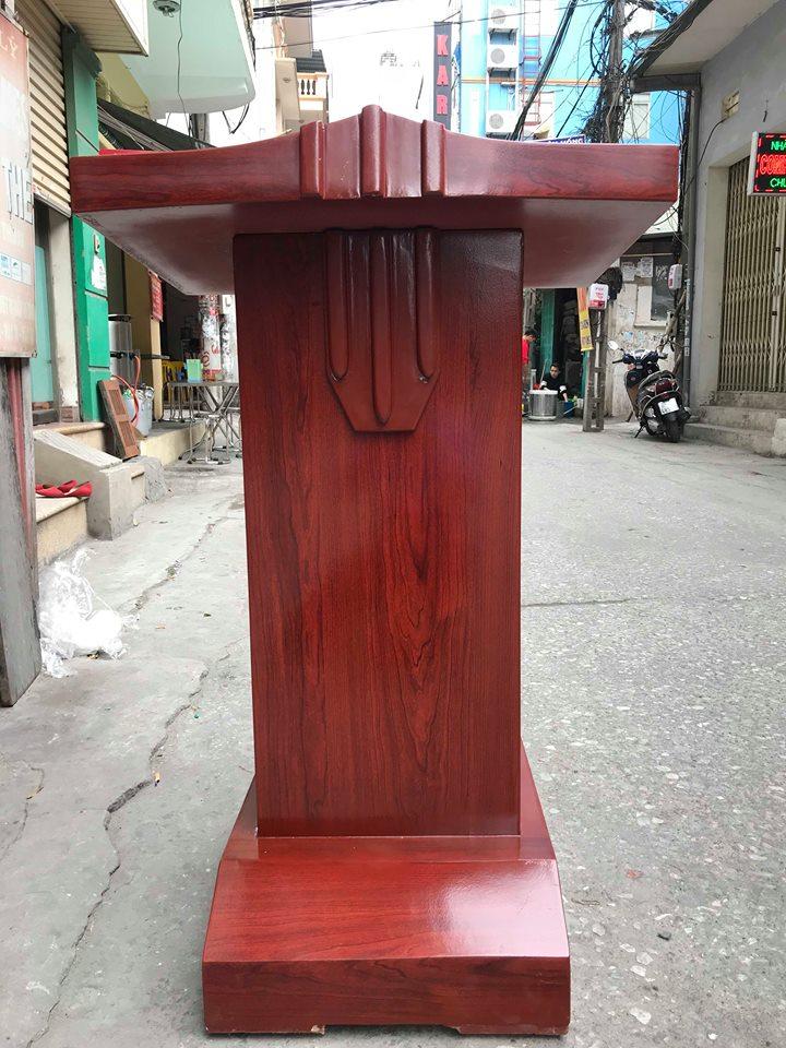 buc-phat-bieu-go-cong-nghiep